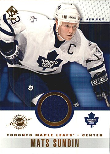 2001-02 Private Stock Game Gear #97 Mats Sundin Game-Worn Jersey Card - Toronto Maple Leafs