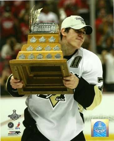 Conn Smythe Trophy - Evgeni Malkin Penguins 2009 Conn Smythe Trophy On Ice 8x10 Photo
