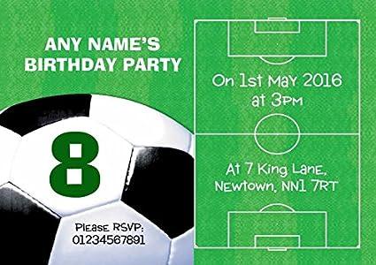 Campo de fútbol bola fútbol personalizado invitaciones para ...