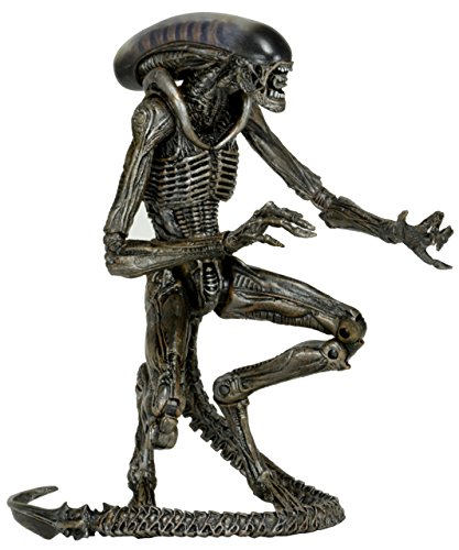 NECA Scale Series 8 Dog Alien Grey Action Figure, 7""