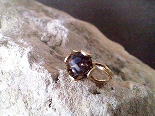 Genuine Smoky Quartz ring, delicate ring, cocktail ring, hammered ring, wedding jewelry, gemstone ring, gold ring