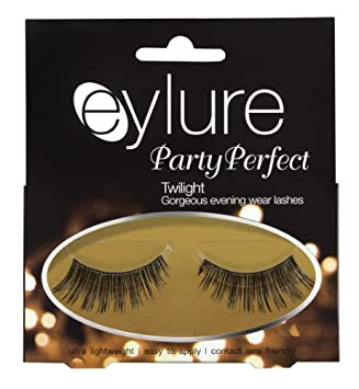 b7a73cbd8f8 Eylure Party Perfect Lashes (Twlight): Amazon.co.uk: Beauty