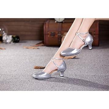 b6bb2792 T.T-Q Zapatillas de Baile Mujer Belly Samba Charol sintético Tacón Cubano  Other Silver: Amazon.es: Deportes y aire libre