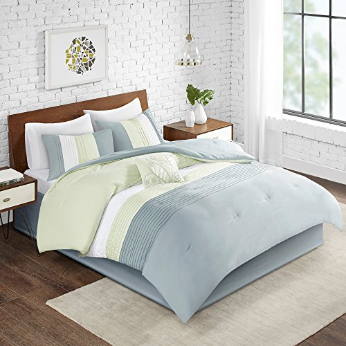 (Comfort Spaces Windsor 5 Piece Full/Queen Comforter Pintuck Pleated Striped Pattern Ruffled Patchwork Down Alternative Bedding Sets, Light Green/Off White)
