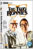 The Two Ronnies: Series 3 [DVD]