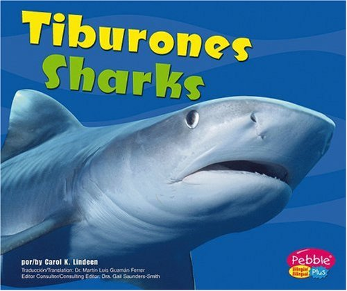 Tiburones / Sharks (Bajo las olas / Under the Sea) by Brand: Capstone Press