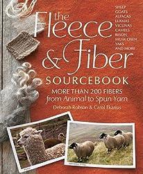 Carol Ekarius,Deborah Robson'sThe Fleece and Fiber Sourcebook: More Than 200 Fibers, from Animal to Spun Yarn [Hardcover]2011