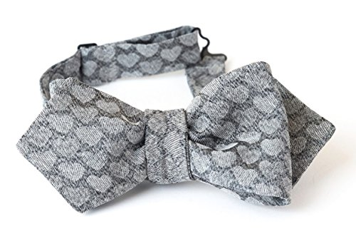 Bow Tie, Selftie, Bows, Ties, Neck, Men, Boy, Unisex, Adjustable, Hook, Grey, Silver, Heart, Silk, One size, Italian Fabric, Italian Style, Handmade in Florence, Made in Italy by Old Fashion Sartoria, Florence, Italy
