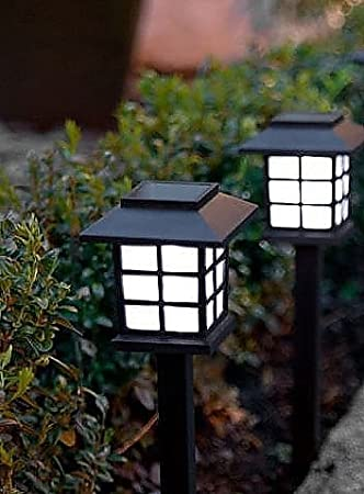 4 Solar Powered Lantern Stake Lights LEDs Carriage Oriental