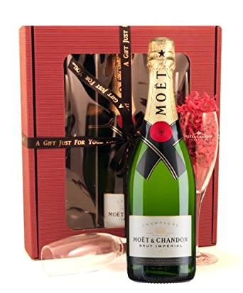 Smart Gift Solutions Flutes and Moet Chandon Champagne Gift Set: Amazon.co.uk: Grocery