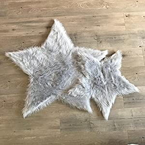 Machine Washable Faux Sheepskin Light Grey Star Area Rug 3′ x 3′ – Soft and silky – Perfect for baby's room, nursery, playroom – Fake fur area rug (Star Large Light Grey)