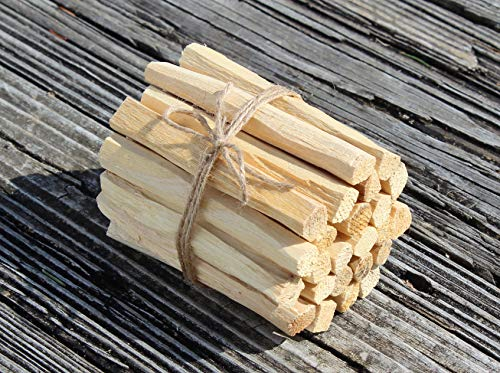 (Magik Carpets Palo Santo Smudging Sticks from Ecuador 25 Premium Sticks)