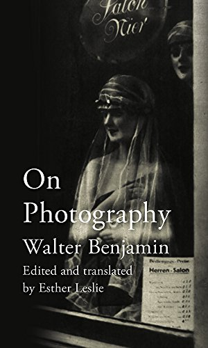 On Edition Photography - On Photography: with an introduction and translated by Esther Leslie