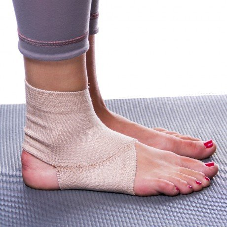BraceAbility Elastic Ankle Brace | Foot Arch Support Sleeve for Gymnastics, Dance, Ballet, Cheerleading, Tumbling, Yoga, Pilates, Exercise to Prevent Ankle Sprain, Twisting & Swelling (Medium)