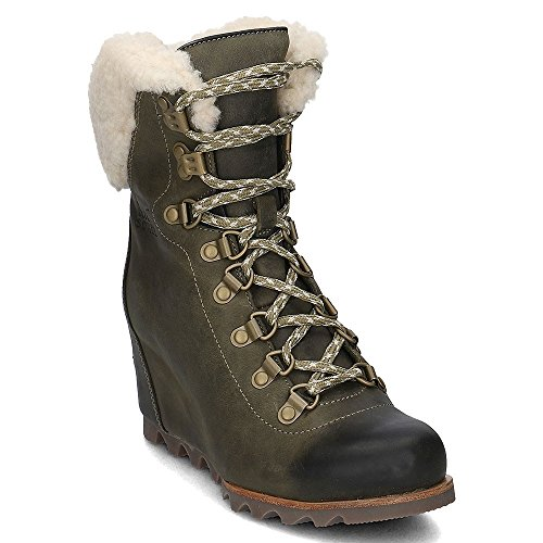 SOREL Women's Conquest Wedge Booties