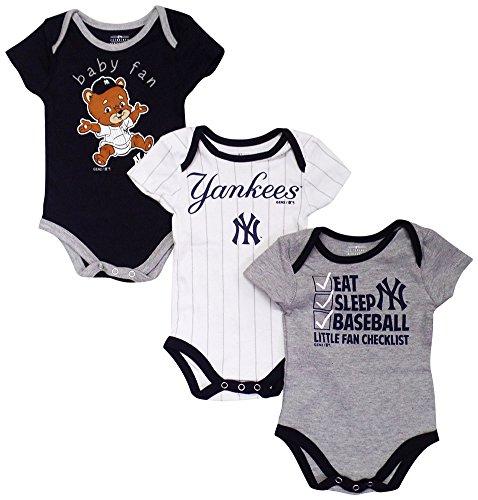 pare price to new york yankees newborn