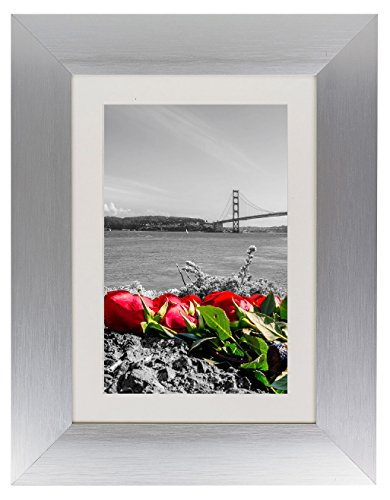 Frametory, Metal Picture Frame Collection, 5x7 Aluminum Silver Photo Frame with Ivory Color Mat for 4x6 Picture & Real Glass (5x7)