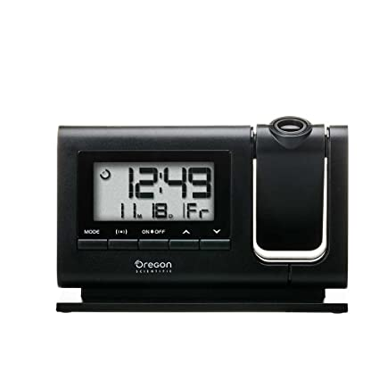 Amazoncom Oregon Scientific Rm308pa Classic Projection Clock With