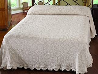 product image for Maine Heritage Weavers Colonial Rose Bedspread, Queen, White