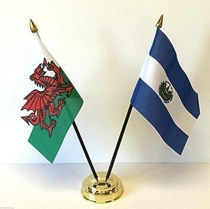Wales Cymru y El Salvador de la amistad de la bandera de mesa de doble juego