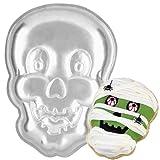 Wilton Smiling Skull Vampire Ghoul Cake Pan (2105-2057, 2001)