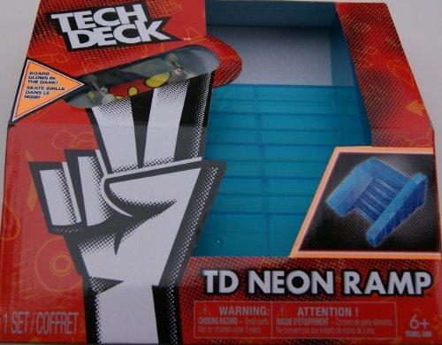Bank Ramp (Spinmaster Tech Deck Neon Ramp, Big)