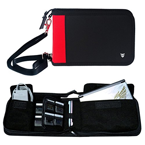 Technoskin - All In One Travel Carrying Case for NEW 3DS or NEW 3DS XL - Black and Red - 12 Game Holders - Charger ()