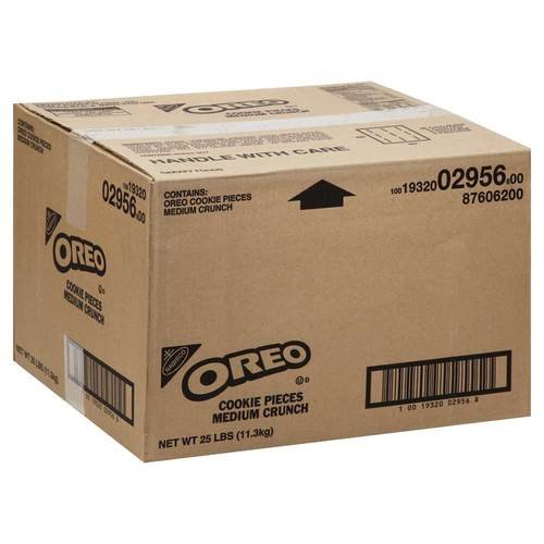 Oreo Crunch Medium Pieces 25 Pound by Nabisco