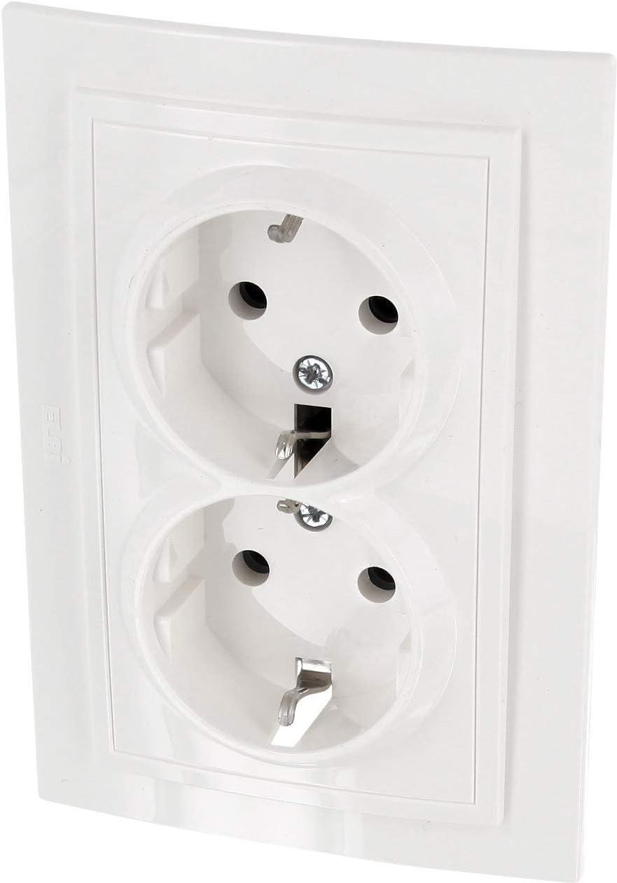 Enchufe doble, todo en uno, marco + unidad empotrable + cubierta (serie Z1color blanco natural - crema)