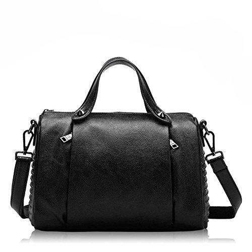 YXLONG Spring New Leather Handbags Europe And The United States Rivet Rivet Leather Pillow Bag Shoulder Messenger Messenger Bag Black