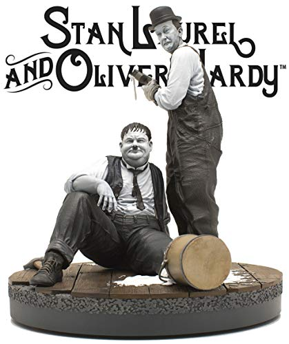 Stan Laurel & Oliver Hardy Another Nice Mess Statue ()