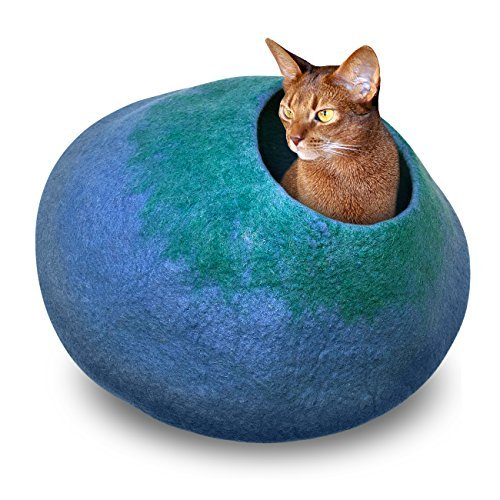 Juccini Handcrafted Felted Wool Cat Cave Bed for Cat and Kittens - Felted from 100% Natural Wool (Green/Blue Cave, Medium)