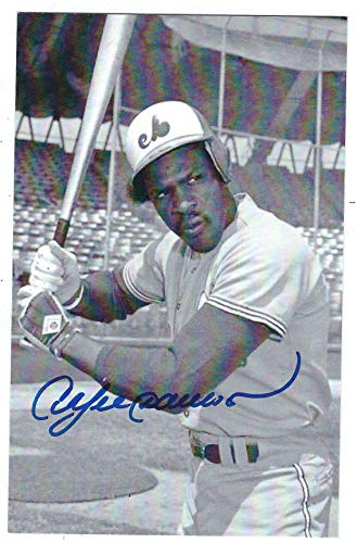 - Autographed Andre Dawson BxW Montreal Expos Postcard