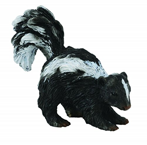 CollectA Woodlands Skunk Miniature Toy Figure - Authentic Hand Painted Model