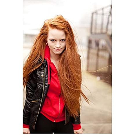 riverdale madelaine petsch as cheryl blossom posing with hair down 8