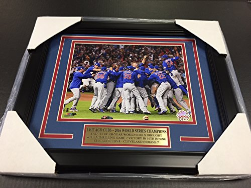 2016 CHICAGO CUBS WORLD SERIES CHAMPIONS TEAM PHOTO 8X10 FRAMED ()