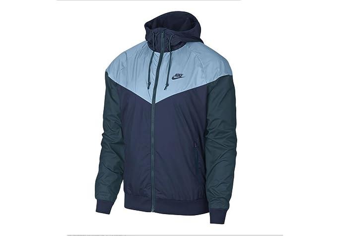 75c32bd528ec7 Nike Sportswear Windrunner Jacket at Amazon Men's Clothing store: