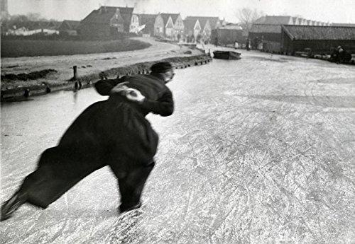 POSTER A3 Nederland Schaatser in klederdracht / Dutch skater in traditional custume Nationaal Archief / Spaarnestad Photo, (Best Custumes)