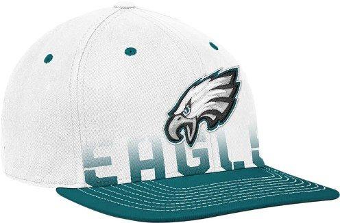 Philadelphia Eagles Reebok White 2010 Sideline Player Pro Shape Flat Brim Flex Hat