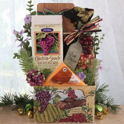 Chateau Basket - Napa Valley Chateau Gourmet Holiday Gift Basket