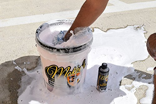McKee's 37 MK37-HBWK Hydro Blue Foam & Coat Wash Bucket Kit, 32. Fluid_Ounces by McKee's 37 (Image #4)