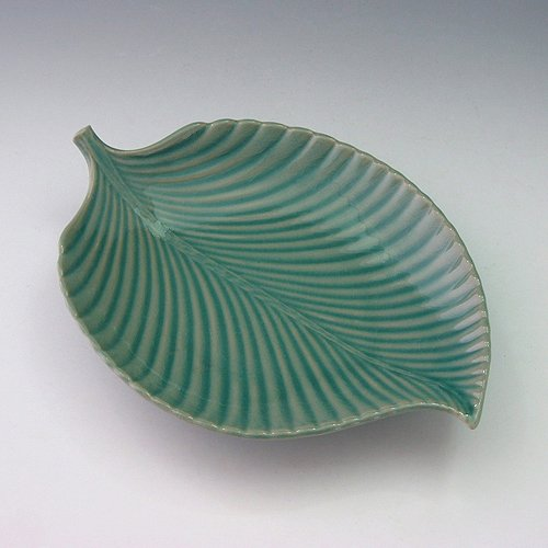 Celadon Green Glaze Leaf Shape Design Porcelain Ceramic Pottery Dessert Pie Ice Cream Snack Fruit Serving Side Party Dish Plate (Porcelain Celadon Plate)