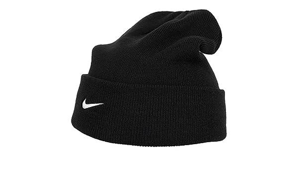 8ebd2235b Amazon.com: Nike Team Sideline Beanie, 867309 (Black/White): Clothing