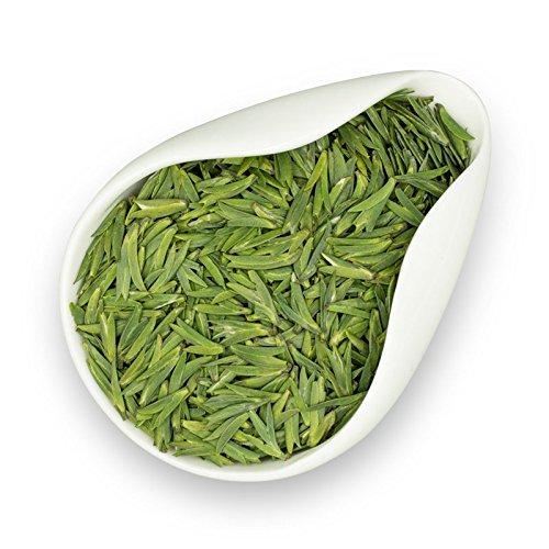 Dian Mai2018 Ming Bass Green Tea Spring Tea Bitter Tongue Tea Guizhou Min Tan Green Tea Front Yunma Tea Tip 120g 滇迈2018年明前雀舌绿茶春茶雀舌茶叶 贵州湄潭翠芽明前日照毛尖云雾罐装120克
