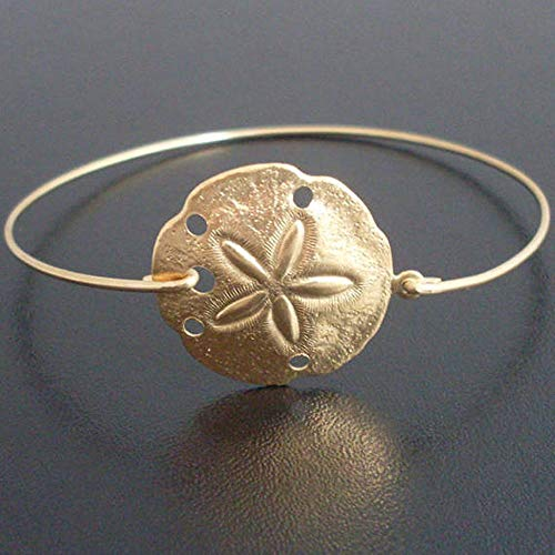 (Frosted Willow Beach Jewelry Gift Collection Claspless Sand Dollar Bangle Bracelet Goldtone 8 Inch )