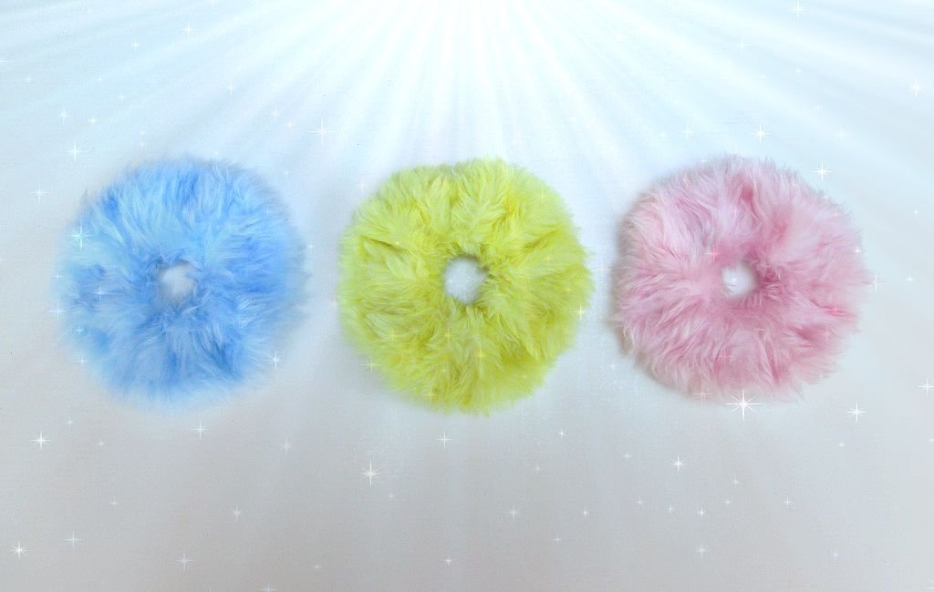Scrunchy Clueless, Large Fun Fur Scrunchies, Fuzzy Pastel Hair Tie, Fluffy Scrunchie, Furry Scrunchies, Pink Fur Hair Tie, Pastel Grunge