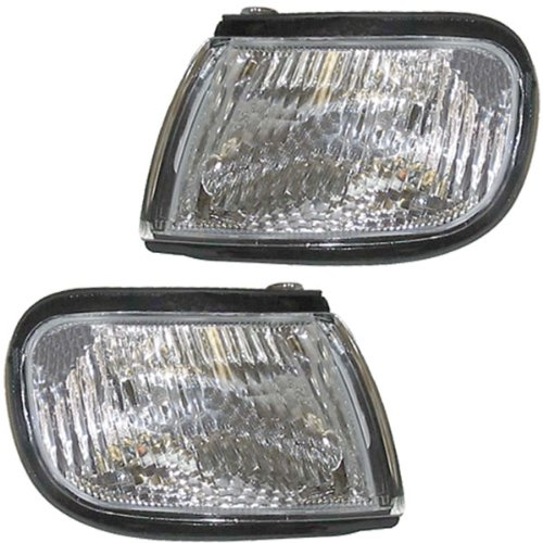 1997-1998-1999 Nissan Maxima Corner Park Light Turn Signal Marker Lamp Pair Set Left Driver And Right Passenger Side (97 98 99)