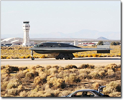 B-2 Spirit Stealth Bomber Taxiing 11x14 Silver Halide Photo (B2 Stealth Bomber Pictures)