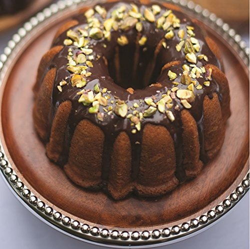 Nordic Ware 50077 Anniversary Bundt, 12 Cup, Gold by Nordic Ware (Image #6)