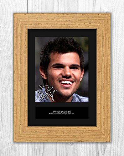 Engravia Digital Taylor Lautner 1 MT - Signed Autograph Reproduction Photo A4 Print(Oak frame)